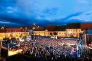 Idei de cazare pentru turiștii care participă la evenimentele din Sibiu